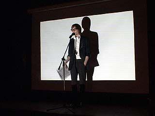В 21 веке поэзия уже не может существовать без видеоизображения