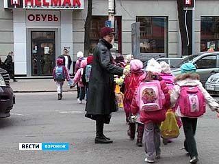 В ближайшее время в Воронеже начнут сокращать число пешеходных переходов