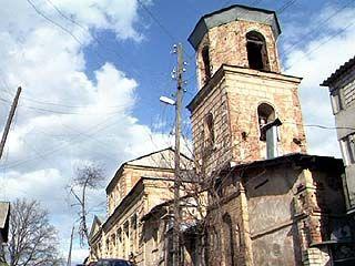 В Богоявленском храме прошли первые богослужения