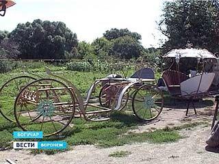 В Богучаре появится стационарная свадебная карета