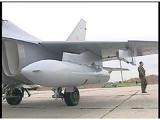 В Борисоглебск прилетели новые учебно-боевые самолеты ЯК-130