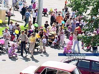 В Борисоглебске движение автомобилей перекрыли детские коляски