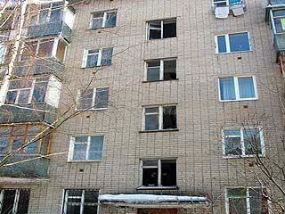 В Борисоглебске погибла 83-летняя женщина, упав с пятого этажа