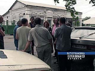 В Бутурлиновке таксисты отстаивают свои права