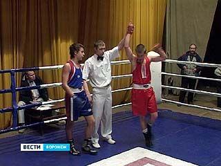 В Доме офицеров завершился юношеский турнир городов России по боксу