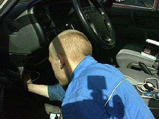 В Эртильском районе злоумышленник трижды пытался угнать машину