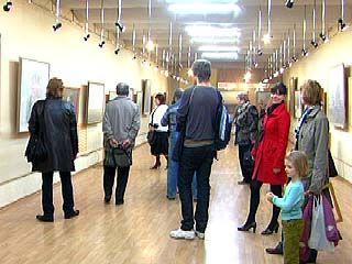 """В галерее """"Нефта"""" открылась выставка картин Виктора Минкина"""