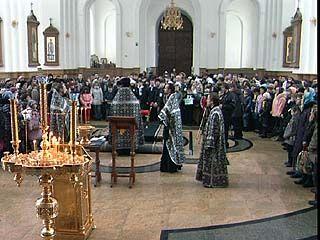 В главном храме Воронежа прошло праздничное богослужение