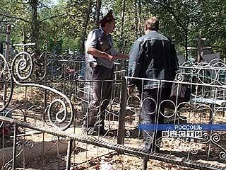 В Грибановском районе на Пасху осквернили сельский погост