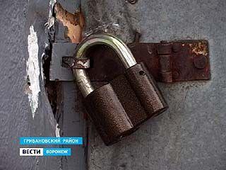 В Грибановском районе незадачливые воры не успели уйти с места преступления