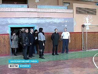 В Кантемировке реконструируют сразу два Дома культуры: городской и районный