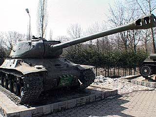 В Кантемировке солдат погиб под гусеницами танка за месяц до дембеля