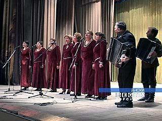 В Лисках гастролируют таловские артисты