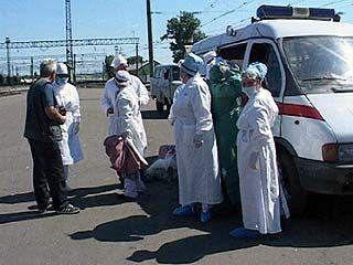 В Лисках медики встретили поезд, с которого в Омске высадили пассажира с подозрением на атипичную пневмонию
