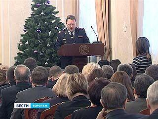 В новогодние праздники следить за порядком на улицах Воронежа будут 300 полицейских