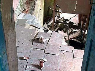 В общежитии по улице Краснознаменной, 167 рухнули перекрытия