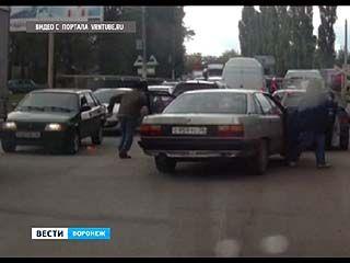 В очередном конфликте двоих воронежских водителей пострадали только автомобили