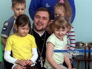 В одном из детсадов Россоши проходят факультативные занятия со священником