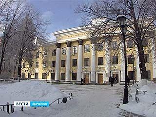 В отношении проректора Воронежской медакадемии возбудили уголовное дело