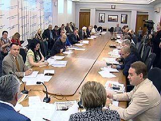 В Парламентском центре обсудили причины роста цен в области