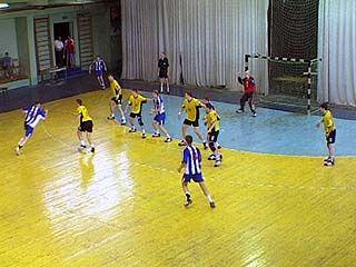 В Павловске завершились соревнования по гандболу