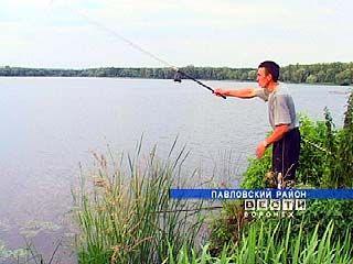 В Павловском лесхозе разводят рыбу