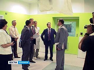 В перинатальном центре будет работать только воронежский медицинский персонал