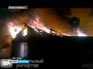 В посёлке Подгорное сгорел бывший коровник