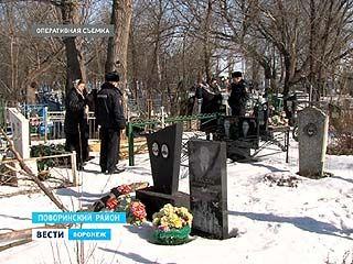 В Поворинском районе полицейские поймали с поличным расхитителя могил