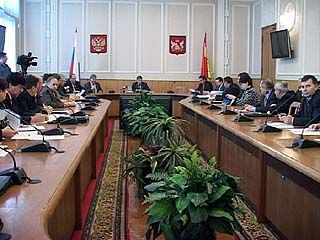 В правительстве области прошло заседание транспортной комиссии