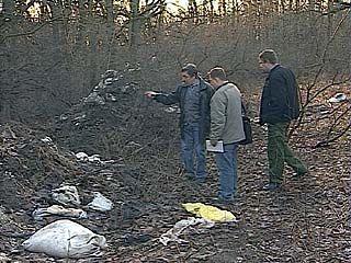 В Рамонском районе лесники обнаружили ядовитую свалку