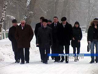 В Репьёвском районе состоялось рабочее совещание губернатора