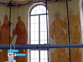 В Россоши приступили к внутренней росписи Ильинского храма