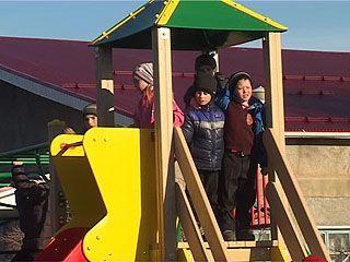 В селе Михайловка Павловского района появилась детская игровая площадка