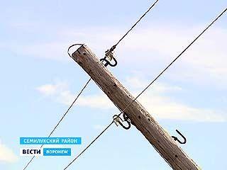 В селе Новая Покровка до сих пор не могут устранить последствия урагана
