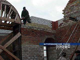 В селе Великоархангельское строится новый храм