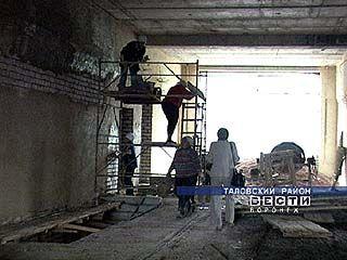В селе Верхняя Тишанка школа строится ускоренными темпами