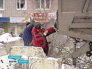 """В Семилуках решили """"разморозить"""" бассейн - крупнейший долгострой района"""