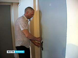 В Шилово 10 жителей сгоревшего общежития получили ключи от квартир