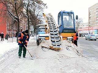 В случаях обильных снегопадов своей техники у Воронежа не достаточно