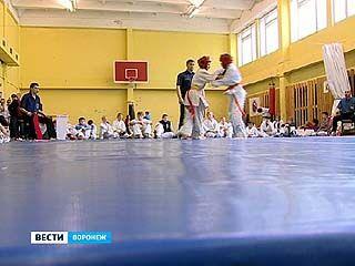 В спортивной школе ╧22 прошли соревнования по каратэ