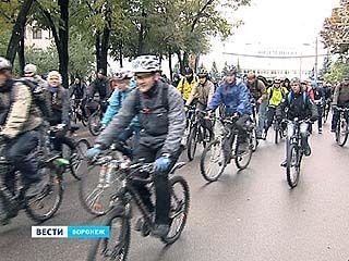 В столице Черноземья состоялся первый международный велофестиваль