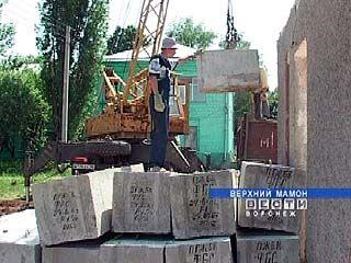 В Верхнем Мамоне ведется строительство социально-значимых объектов