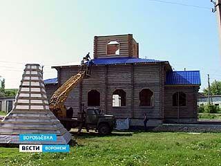 В Воробьёвке возобновили строительство храма архангела Михаила