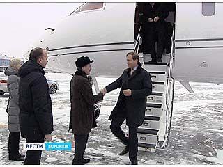 В Воронеж прилетел министр промышленности и торговли России Денис Мантуров
