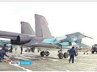 В Воронеж прилетела еще пятерка самолетов новейшего поколения - СУ-34