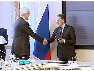В Воронеже более 20 представителей разных профессий получили госнаграды