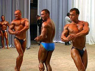 В Воронеже финишировали соревнования по бодибилдингу