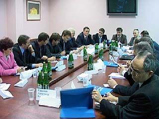 В Воронеже определят роль общественности в управлении образованием