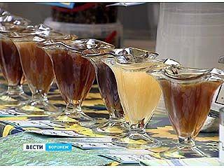 В Воронеже открылась медовая ярмарка